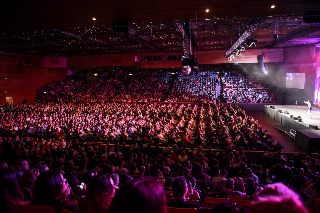 Comedy Splash - Ausvekauft 5000 Leute - Marvin Endres on stage